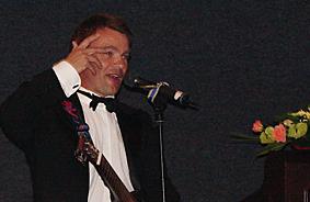 Tom Wangerud med musikalsk underholdningsinnslag