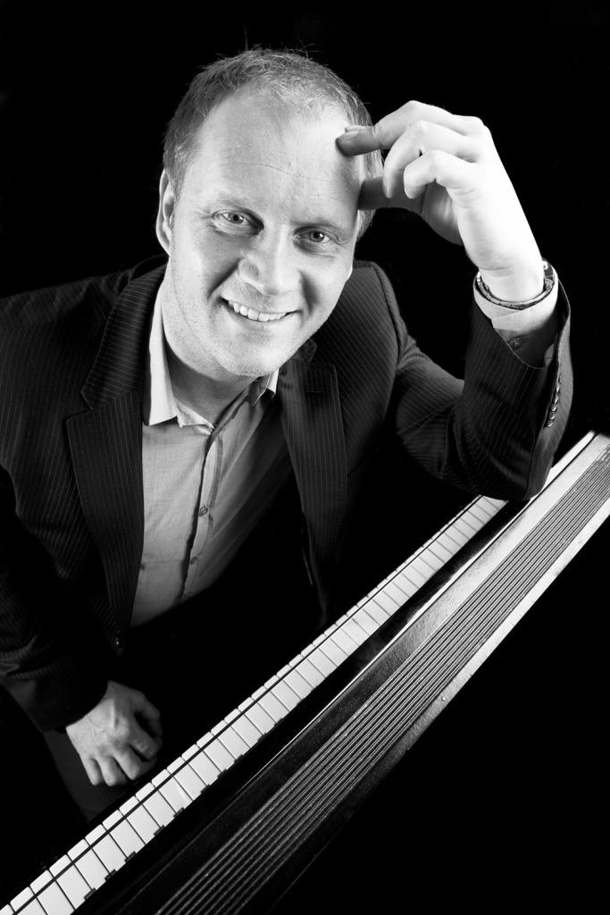 Pinoentertainer Lars-Thomas Grønlien