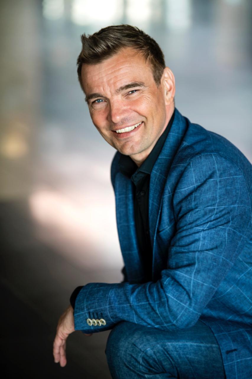 Online julelunsj eller digitalt foredrag med Tom Wangerud